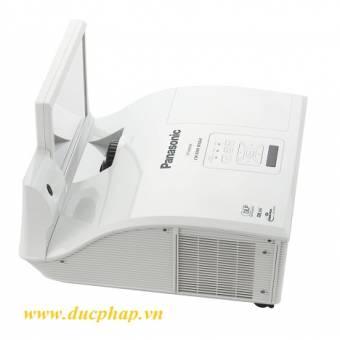 Máy chiếu Short Throw Panasonic PT-CW331R